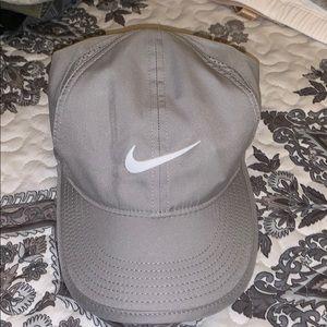 Nike Dri-Fit Featherlight Gray Women's Hat